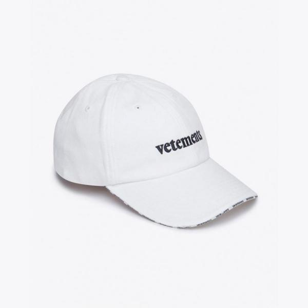 VETEMENTS CAP UNISEX
