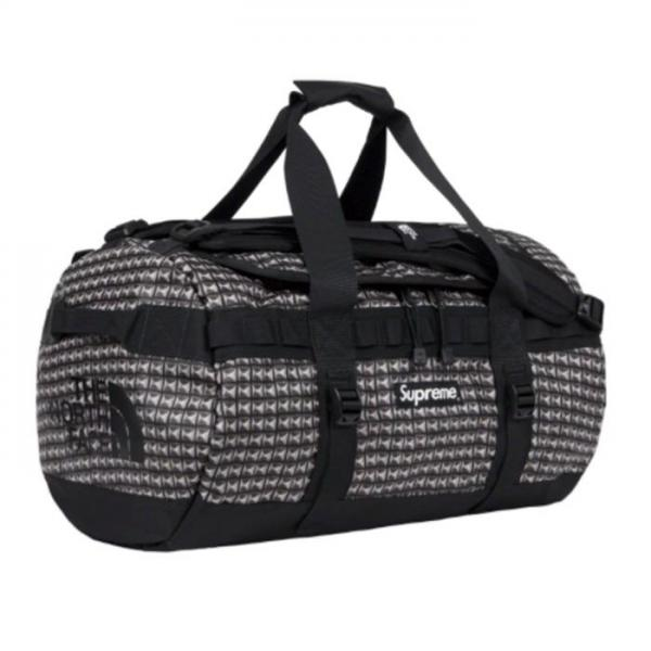 Supreme®/The North Face® Studded Small Base Camp Duffle Bag. 42L.