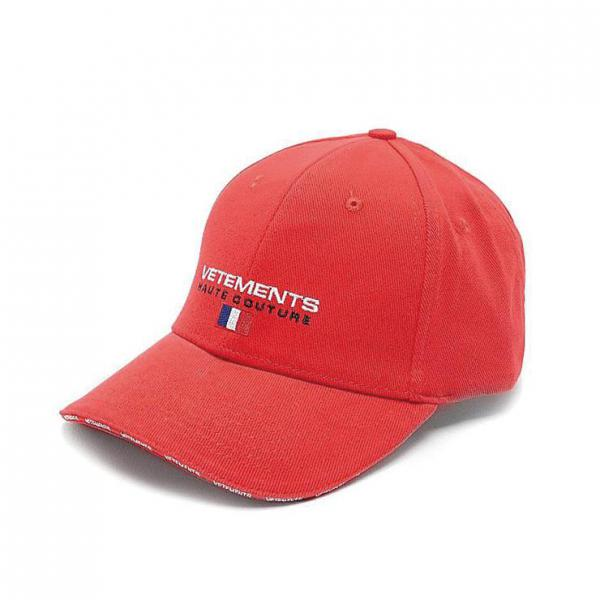 VETEMENTS CAP