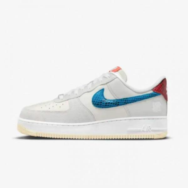 NIKE AIR FORCE 1 LOW SP