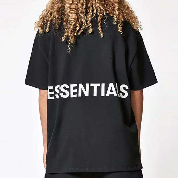 ESSENTIALS BOXY GRAPHIC T-SHIRT